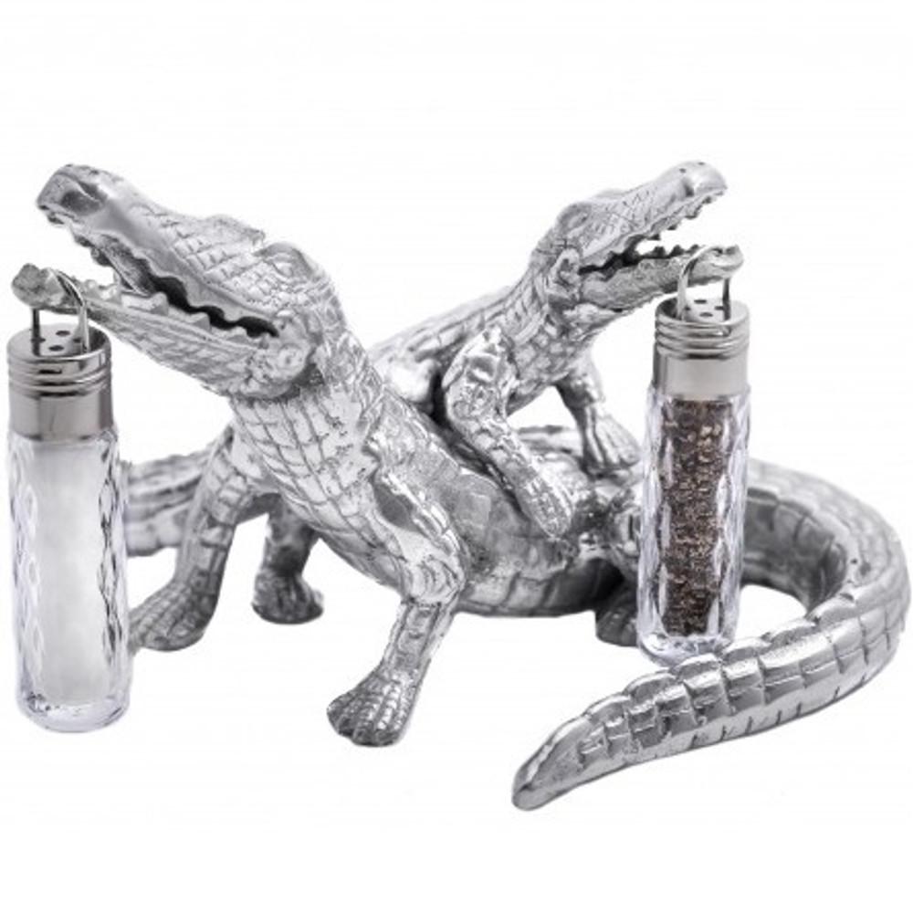 Alligator Hanging Salt Pepper Shakers  Arthur Court Designs   104024