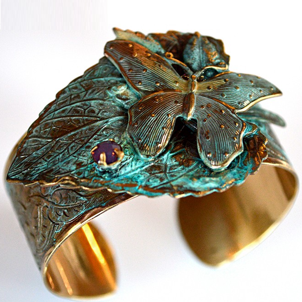Butterfly on Leaf Verdigris Brass Cuff Bracelet | Elaine Coyne Jewelry | ECGNAP2975CFCR