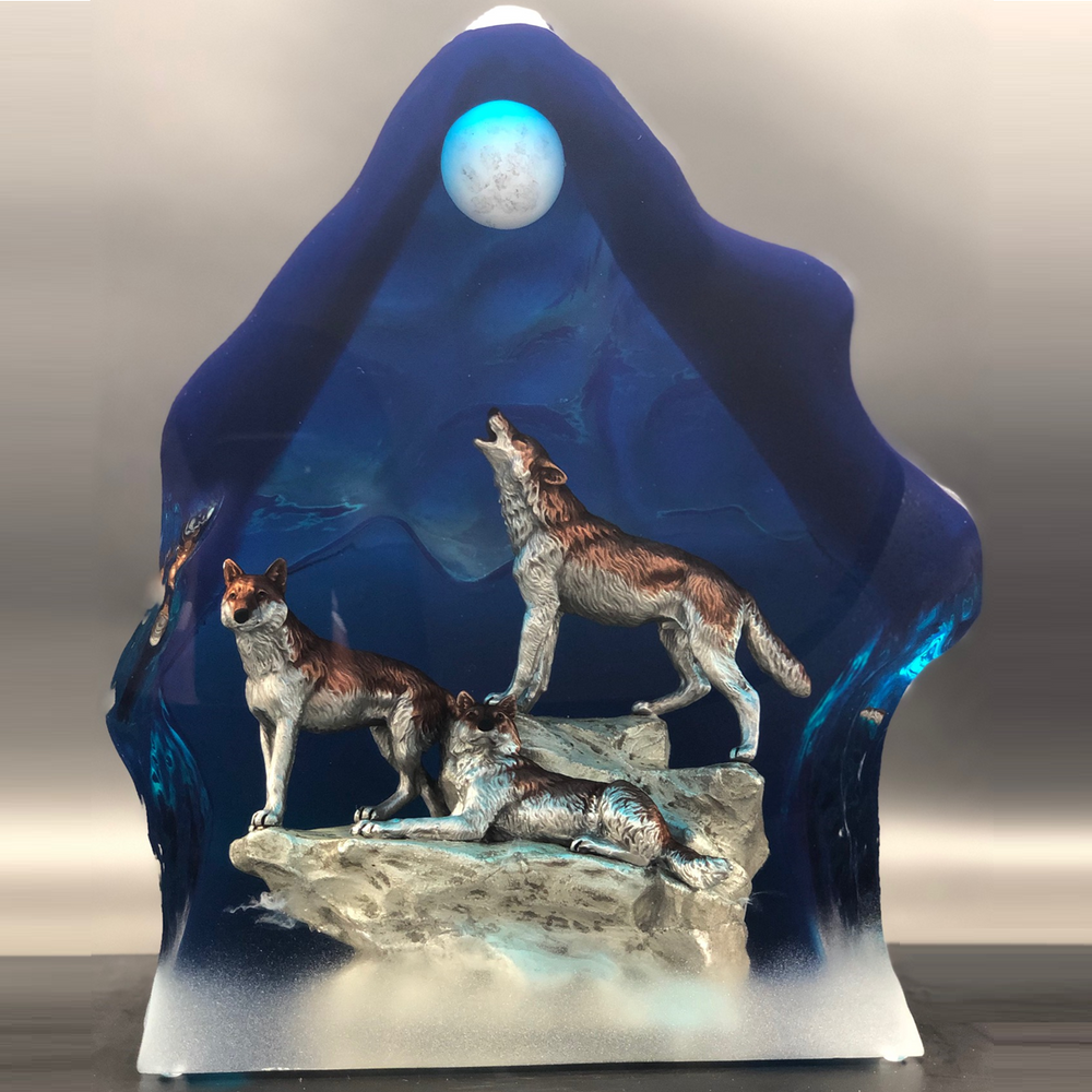 "Wolf Sculpture ""Moonlight Serenade"" 