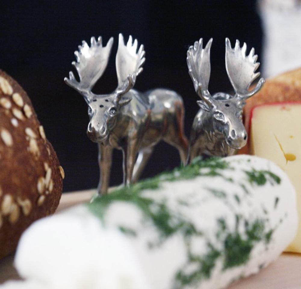 Moose Salt Pepper Shakers | Vagabond House | V922
