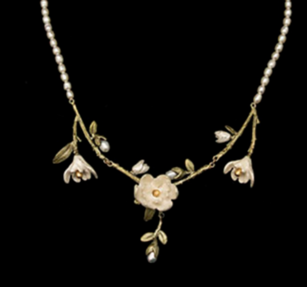 """Magnolia Flower 18"""" Pearl Necklace 