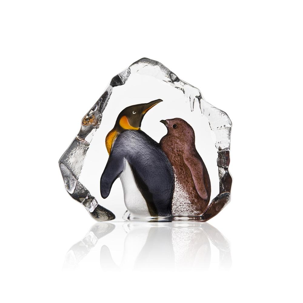King Penguin with Baby Crystal Art Glass Sculpture   34300   Mats Jonasson Maleras
