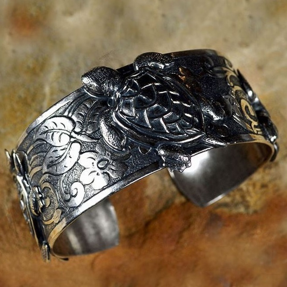 Sea Turtle Antiqued Silver Brass Cuff Bracelet   Elaine Coyne Jewelry   ECGOCAS030BC