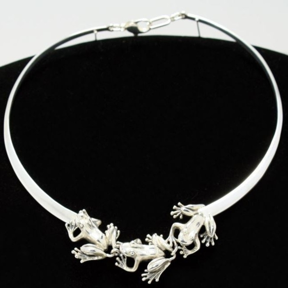 Three Frogs Sterling Silver Collar Necklace   Kabana Jewelry   knk268