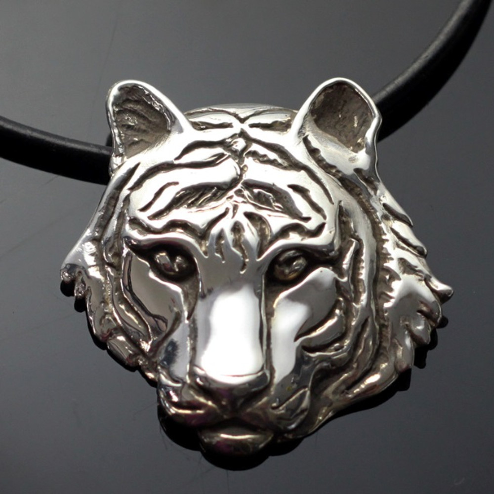 Tiger Silver Pendant Necklace | Anisa Stewart Jewelry | asjw1005