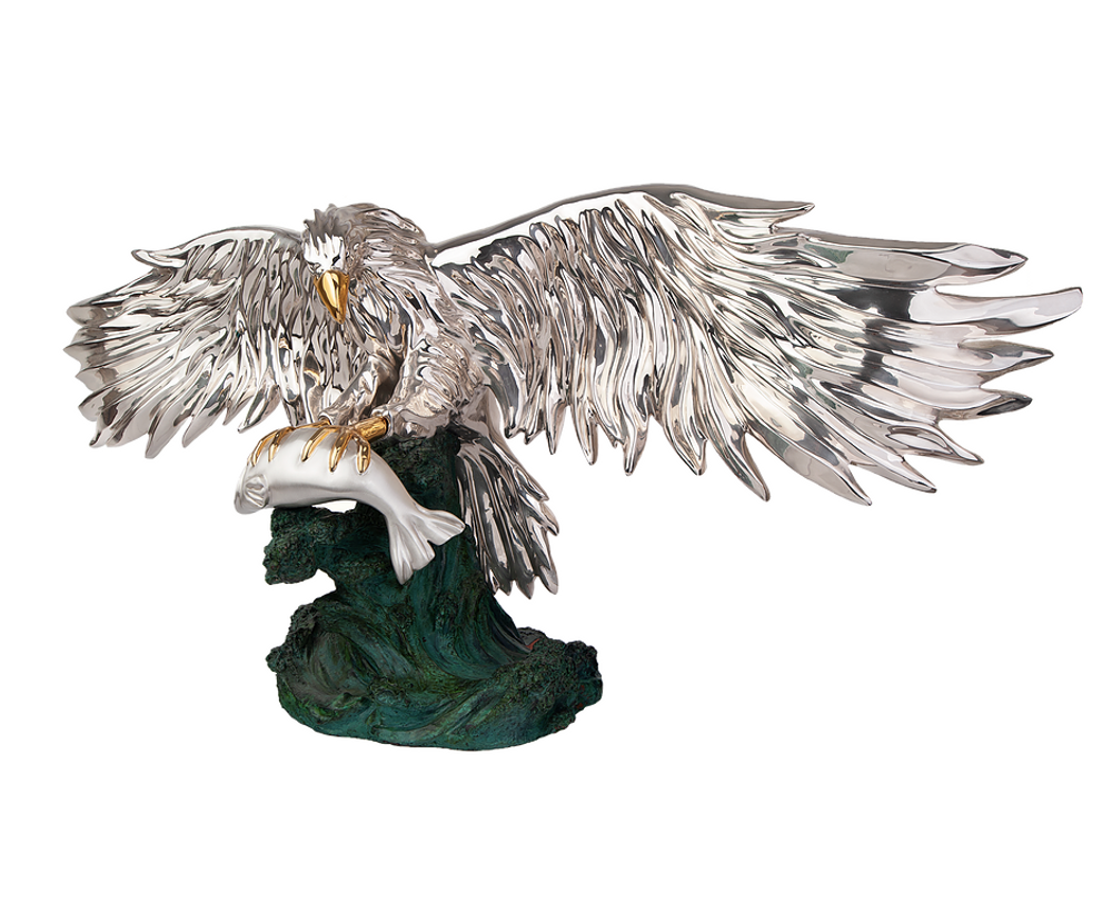 Silver Eagle with Fish Sculpture   2519   D'Argenta