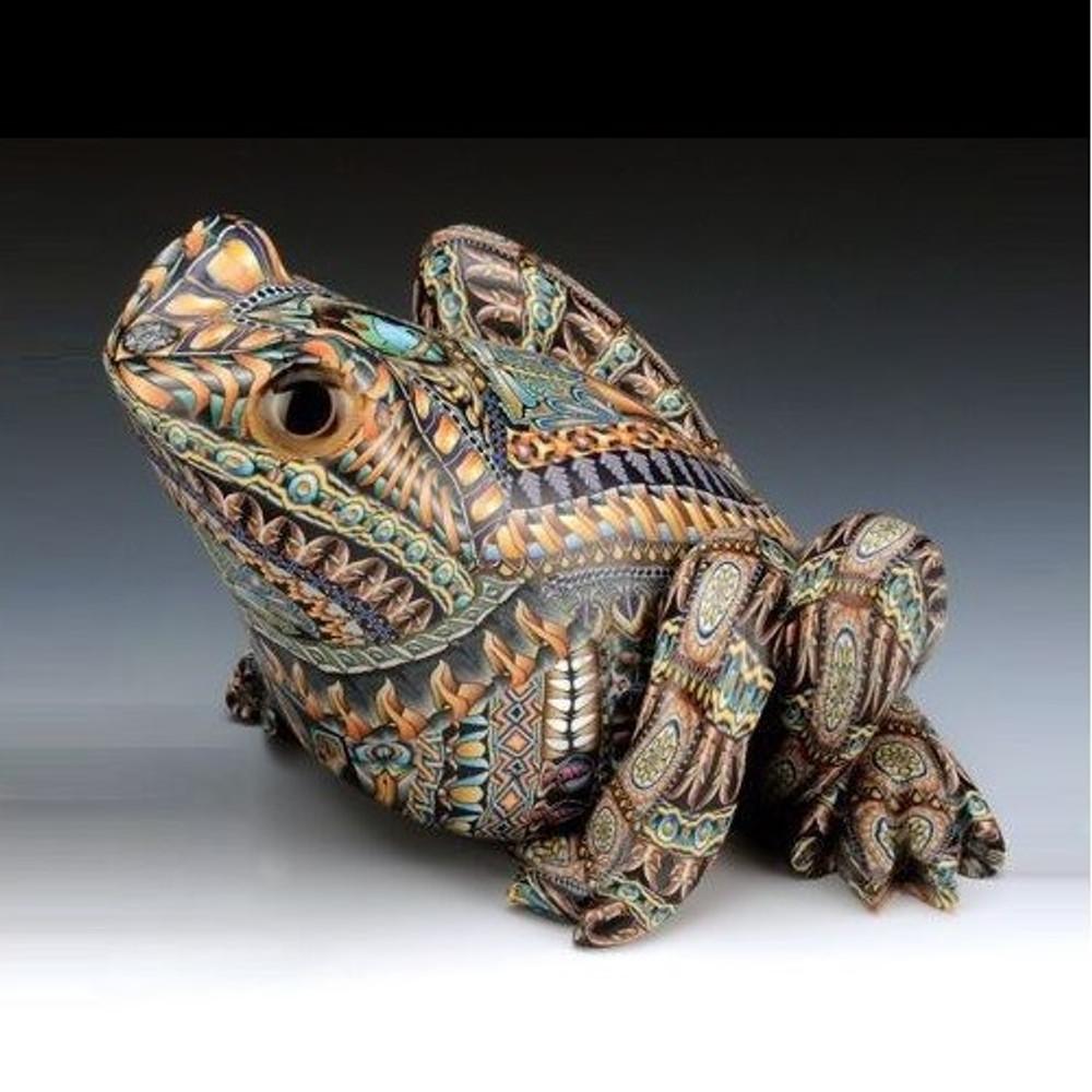 Frog Papa Figurine | FimoCreations | FCffp