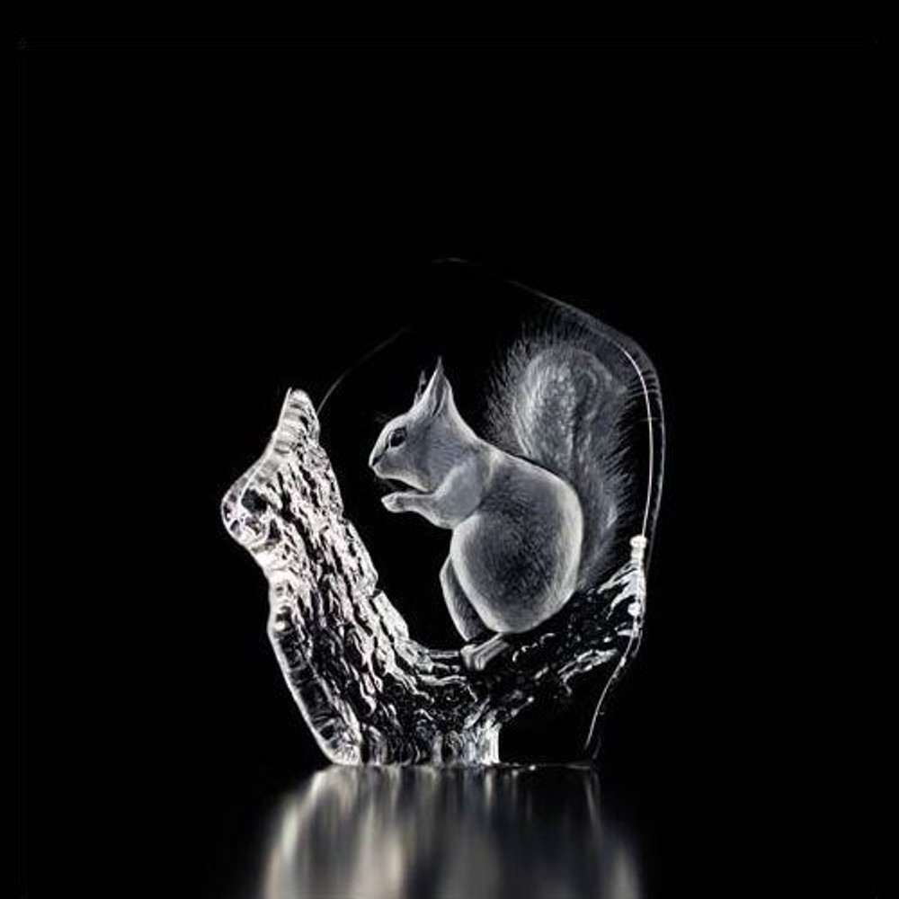 Squirrel Crystal Sculpture | 33280 | Mats Jonasson Maleras