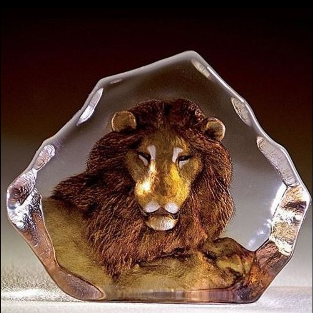 Lion Color Crystal Sculpture | 33906 | Mats Jonasson Maleras