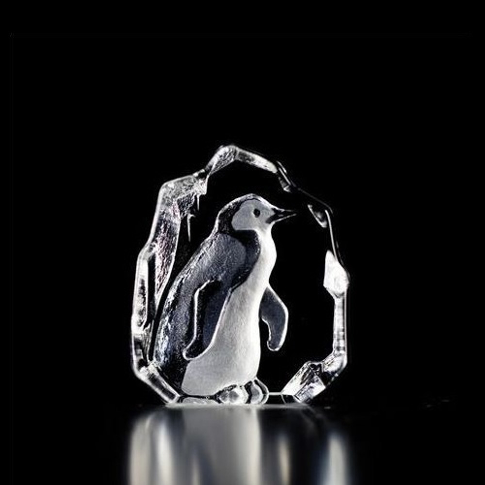 Mini Penguin Crystal Sculpture   88113   Mats Jonasson Maleras