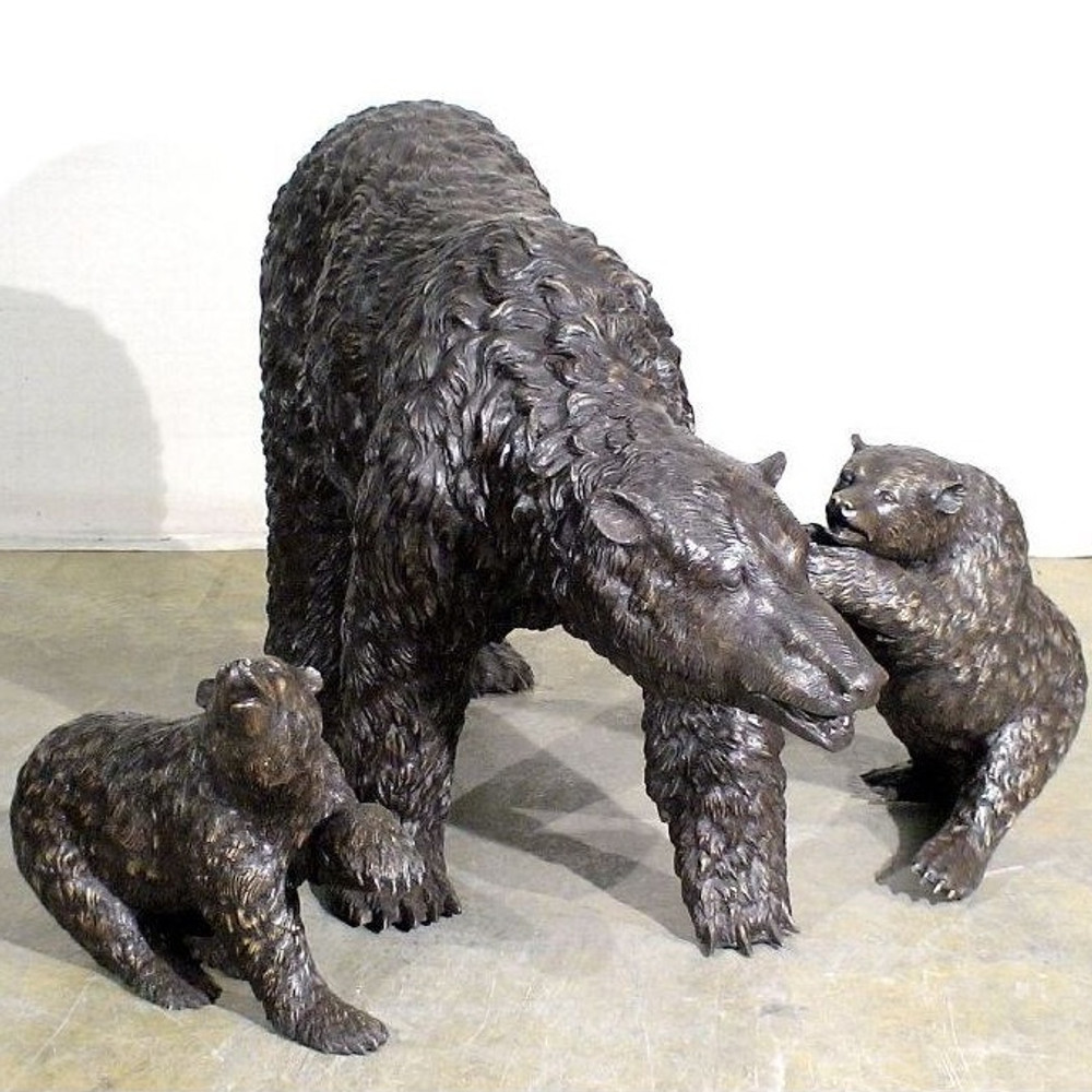 Bear Family Bronze Outdoor Statue | Metropolitan Galleries | MGISRB10039