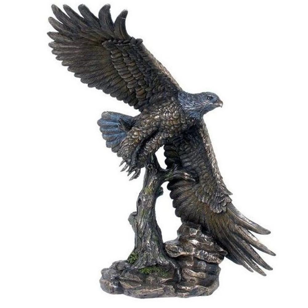 Flying Eagle Sculpture   Unicorn Studios   wu74890a4