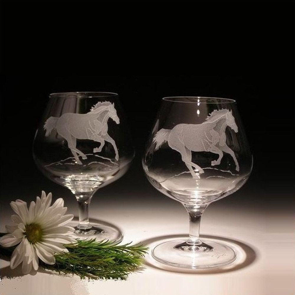 Quarter Horse Brandy Crystal Glass Set of 2   Evergreen Crystal   EC120