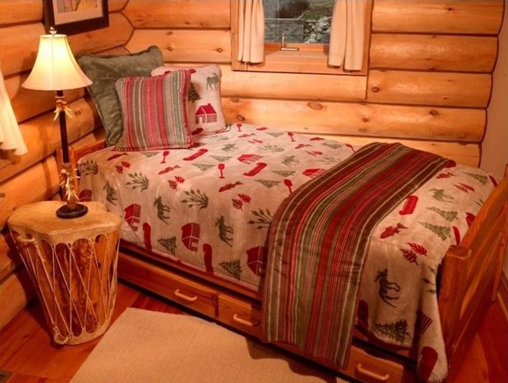 Moose Camp Full/Queen Bedspread   Denali   DHC51206889-Full-Queen -2