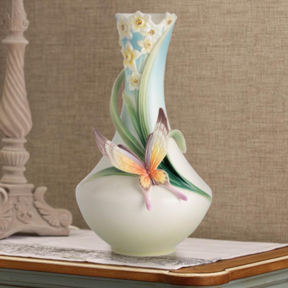 Papillon Butterfly Porcelain Vase | FZ02624 | Franz Porcelain Collection