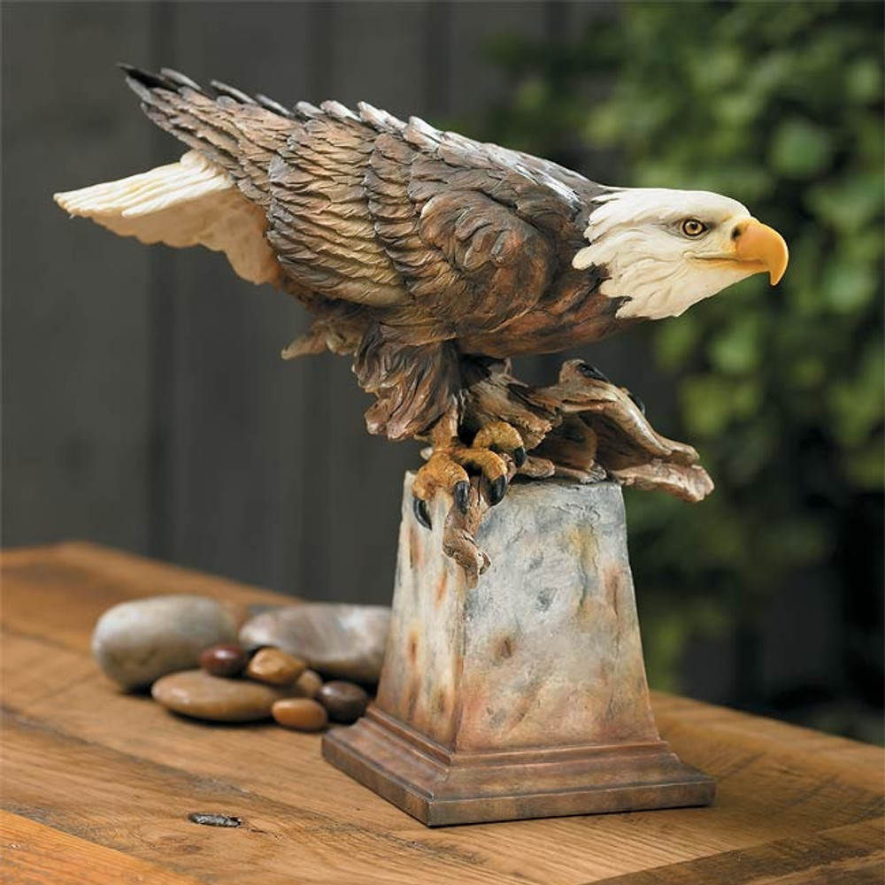 "Eagle Sculpture ""Free Reign"" 