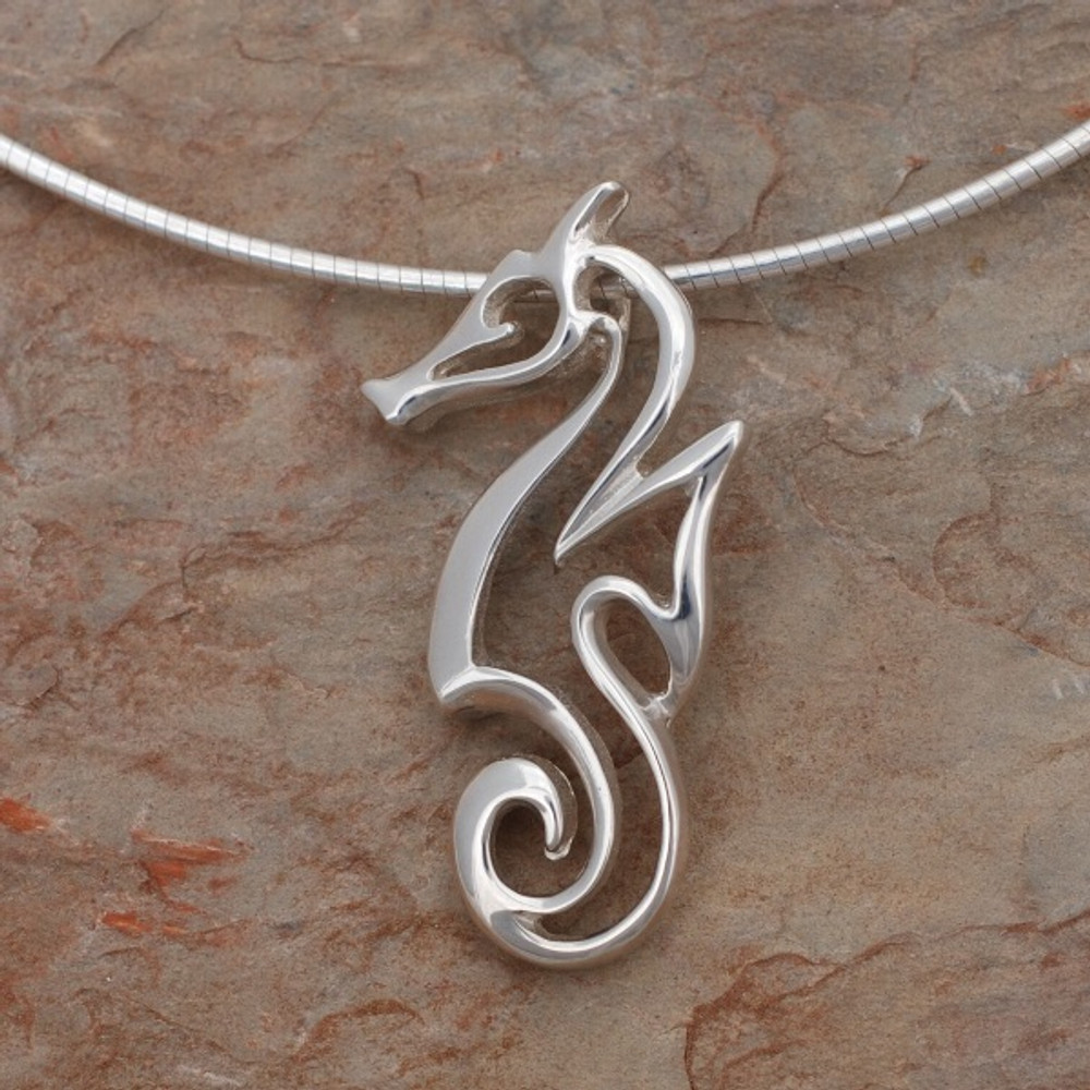 "Seahorse Pendant Necklace ""Polo"" 