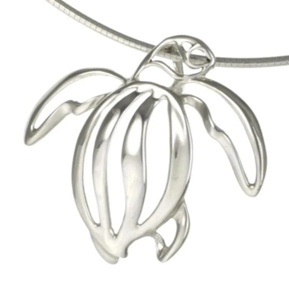 Sea Turtle Pendant Necklace   Big Blue Jewelry   Roland St. John   TURSS-18