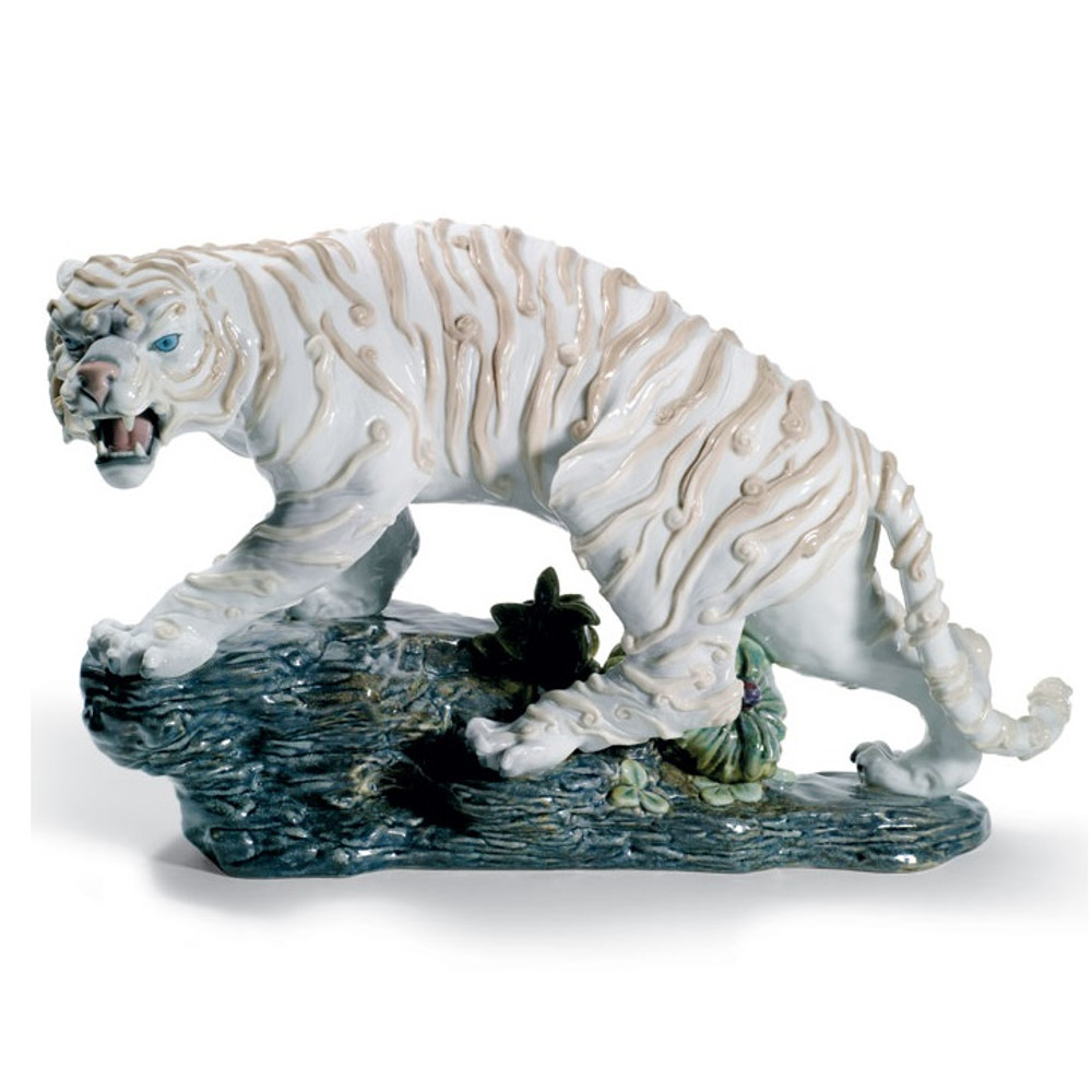 Mythological White Tiger Porcelain Figurine   Lladro   1008562
