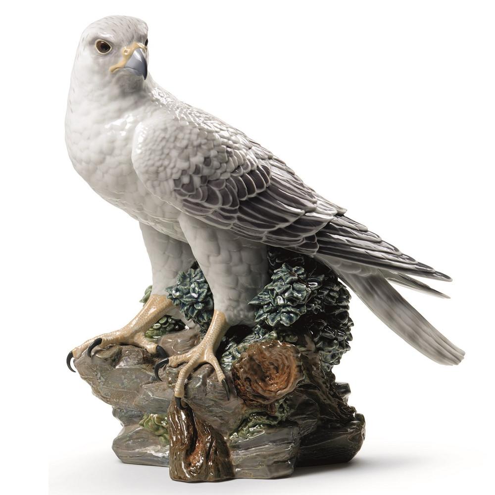 Gyrfalcon Porcelain Figurine   Lladro   1008722
