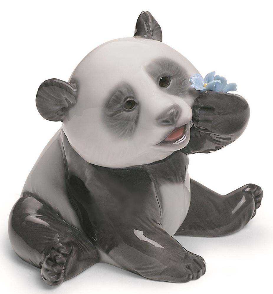 Happy Panda Porcelain Figurine | Lladro | 1008357