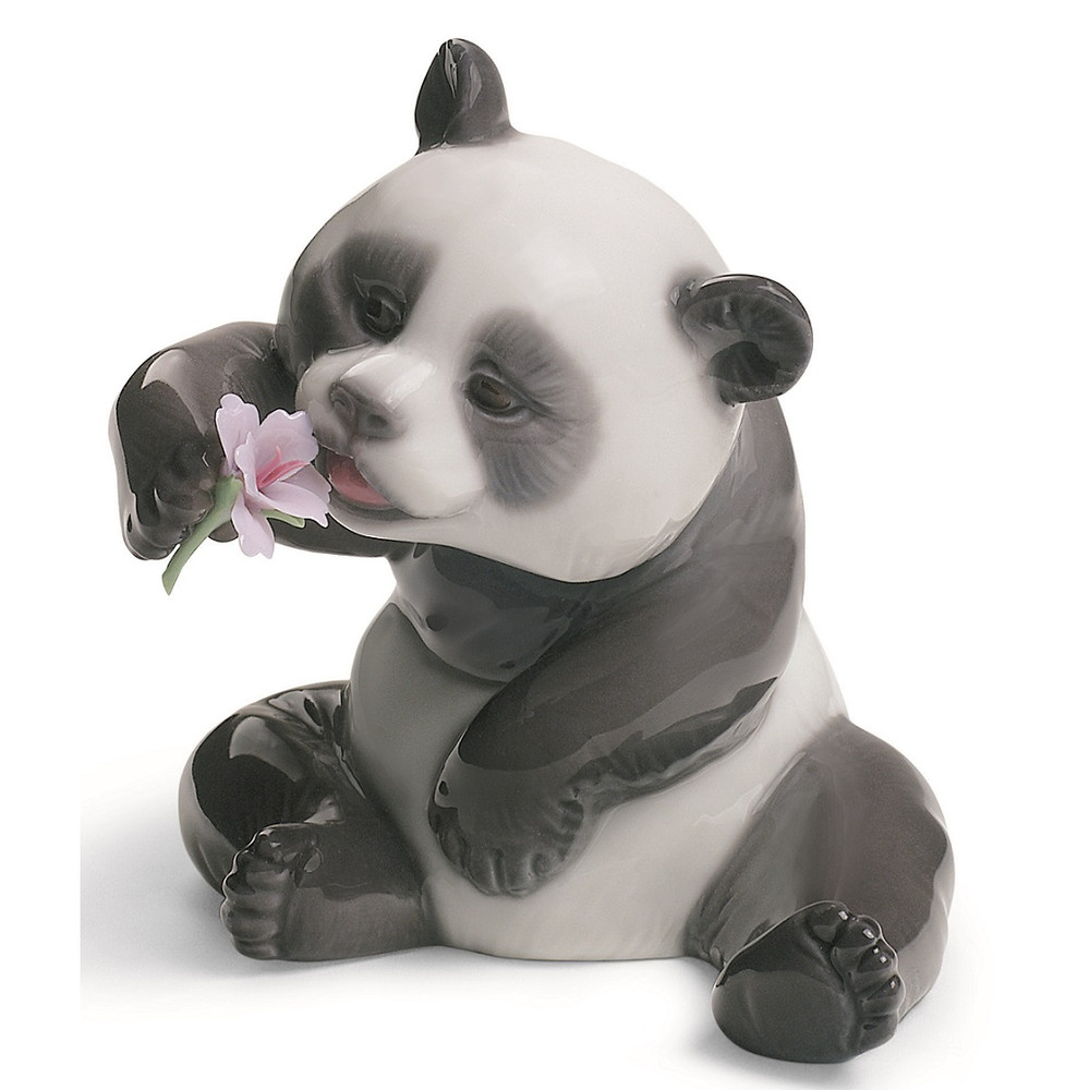 Cheerful Panda Porcelain Figurine   Lladro   1008358