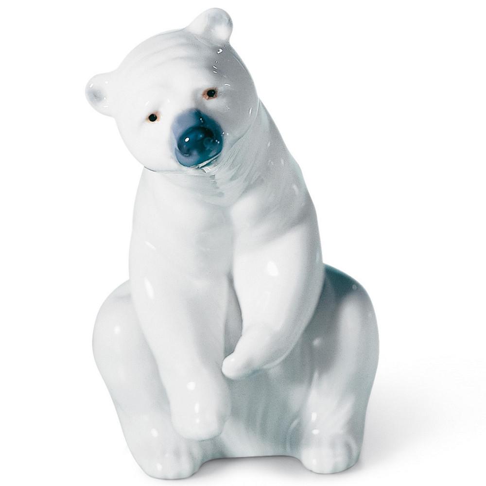 Resting Polar Bear Porcelain Figurine | Lladro | LLA01001208