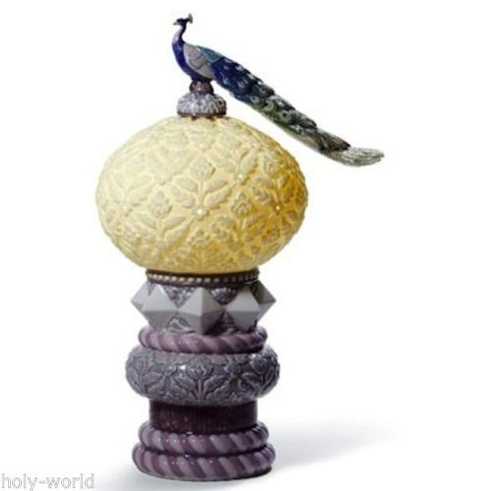 Peacock Porcelain Lamp | Lladro | LLA01009016
