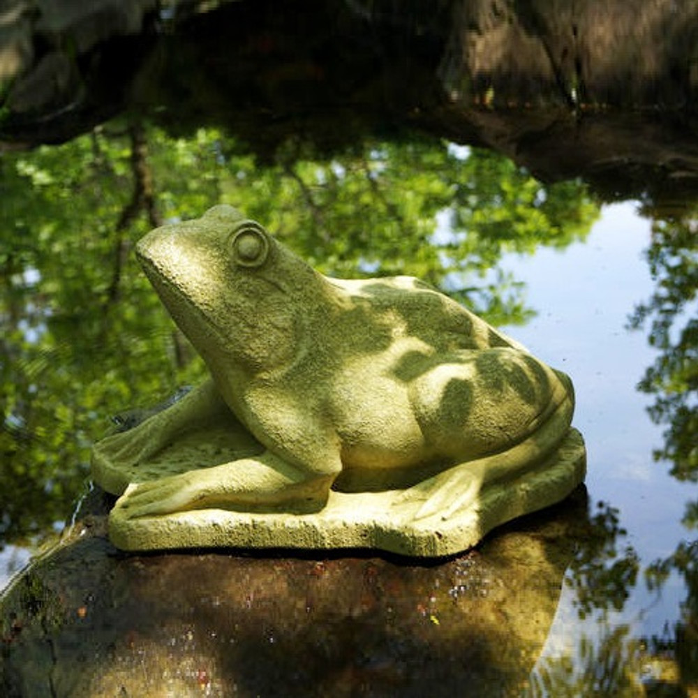 Frog Outdoor Concrete Garden Statue | Stonecasters | HES2642