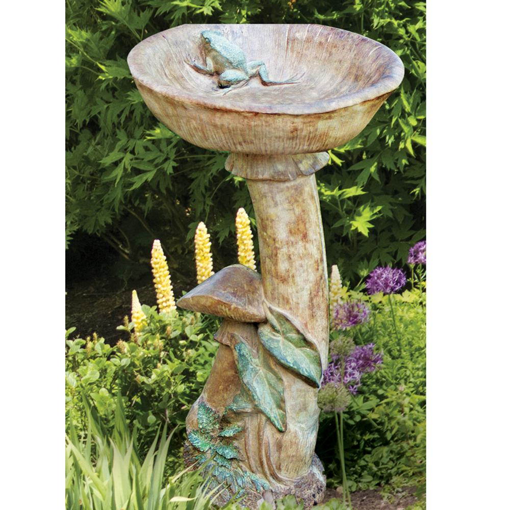 Concrete Mushroom Birdbath   Stonecasters   HES2333