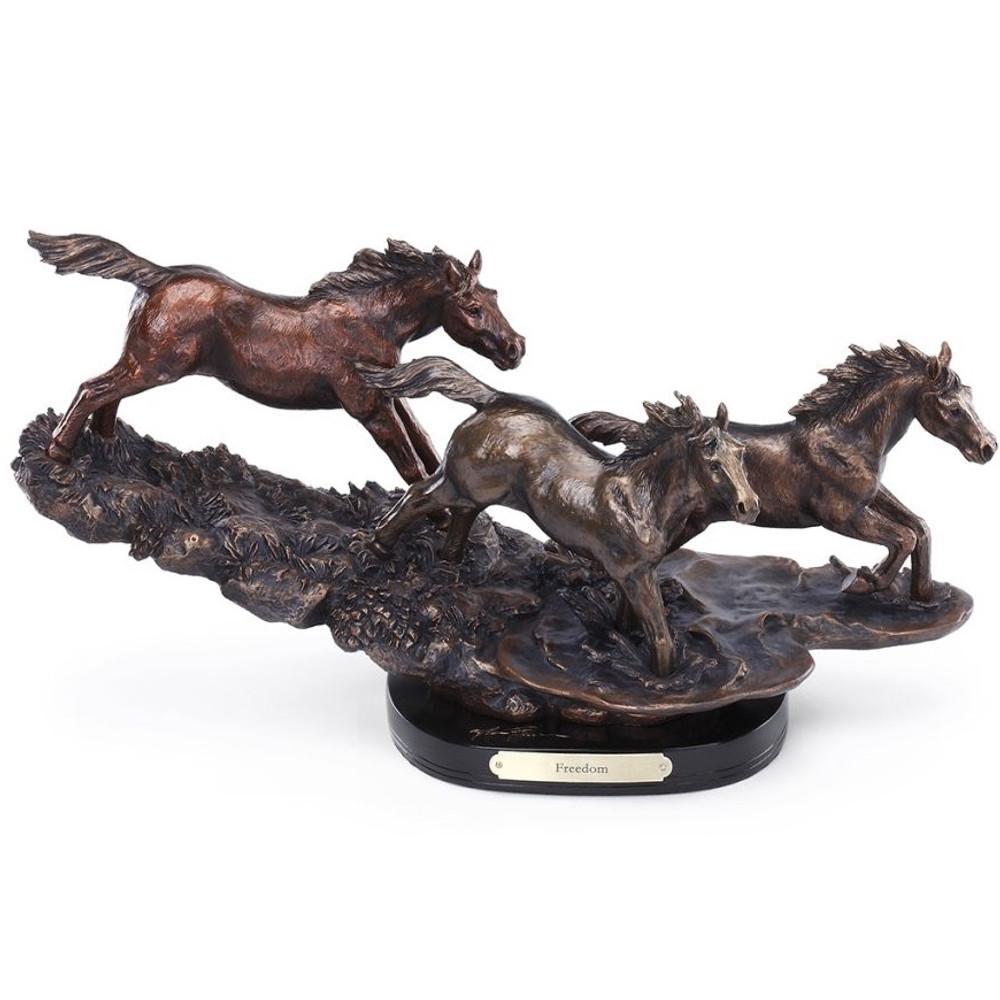 "Horse Sculpture ""Freedom"" | 3005030151 | Big Sky Carvers"