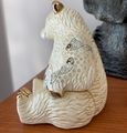 Polar Bear with Fish Ceramic Figurine | De Rosa | Rinconada | DER1032 -4