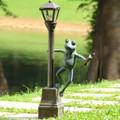 Frog Streetlight Garden Lantern | 34282