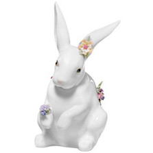 Sitting Bunny With Flowers Porcelain Figurine | Lladro | 01006100