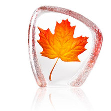 Maple Leaf Crystal Sculpture | 34207 | Mats Jonasson Maleras