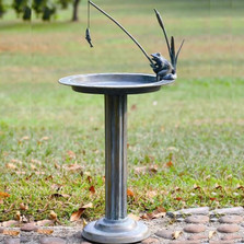Fishing Frog Birdbath | 33302 | SPI Home