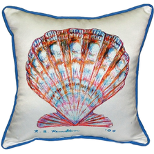 Scallop Shell Indoor Outdoor Pillow 22x22 | Betsy Drake | BDZP112