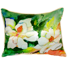 Magnolia Indoor Outdoor Pillow 20x24 | Betsy Drake | BDZP251