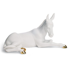 Donkey Nativity Porcelain Figurine with Golden Lustre | Lladro | 01007147