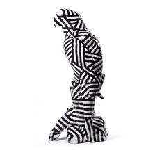 Dazzle Macaw Porcelain Bird Figurine | Lladro | 01009078