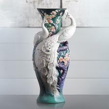 Limited Edition White Peacock Porcelain Vase | FZ03471 | Franz Collection -2