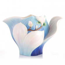 Elegant Blossom Waltz Yulan Magnolia Creamer   FZ03489   Franz Collection
