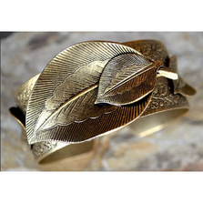 Antique Gold Brass Leaf Cuff Bracelet | Elaine Coyne Jewelry | NASG77BC