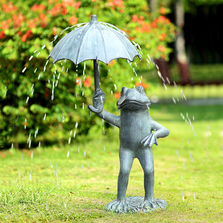 Frog with Umbrella Garden Spitter | SPI Home | 34795