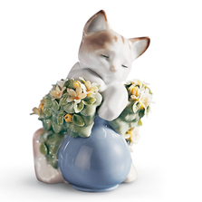 "Cat Porcelain Figurine ""Dreamy Kitten"" 