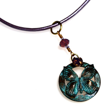 Butterfly Circle Verdigris Brass Pendant Necklace | Elaine Coyne Jewelry | BUP117PDOEVO