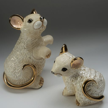 White Rat Family Ceramic Figurine Set of 2  | De Rosa | F223W-F423W
