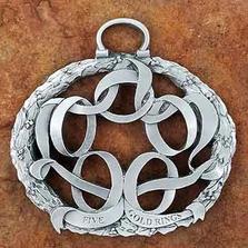 5 Golden RingsPewter Christmas Ornament   Andy Schumann   SCH5GOLDRINGS