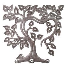 Hearty Vine Metal Wall Art | Le Primitif