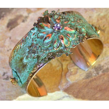 Zinnia Floral Bright Olive Brass Cuff | Elaine Coyne Jewelry | ECGNAO21BC